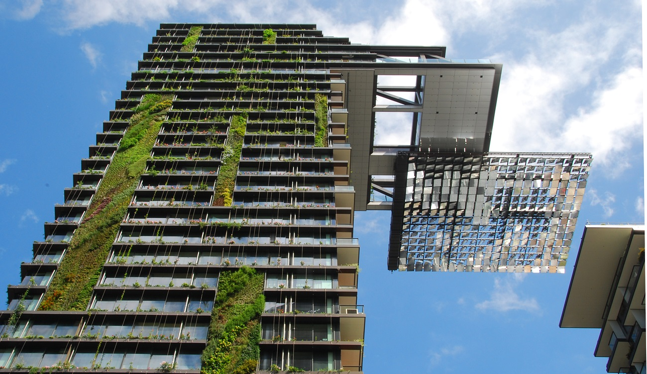 Hanging_gardens_of_One_Central_Park_Sydney 6 Construction Technology Trends to Look out For