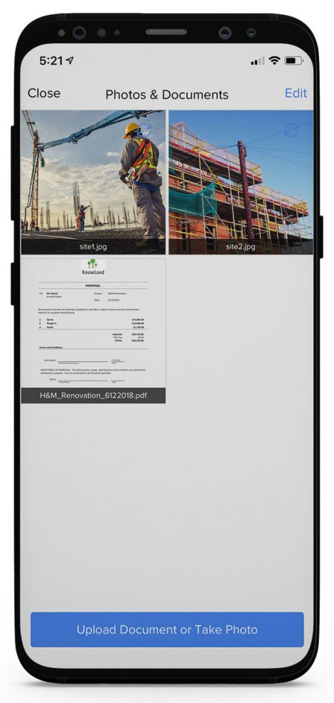 View of the Photos & Documents section in the smartphone app | Document management | Knowify feature